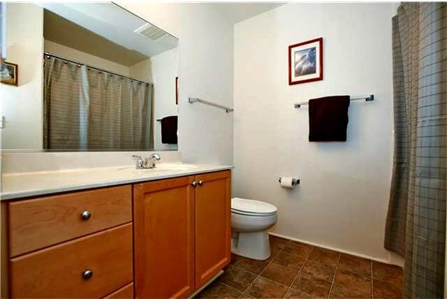mililani-condo-bathroom (640x428)